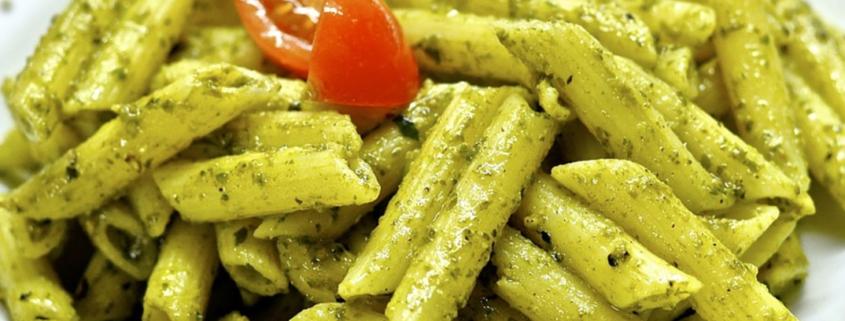 Pesto alla genovese con pomodorini