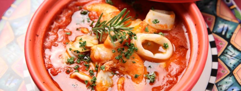 Paccheri con calamari e pomodorini